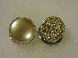 Vtg Sarah Coventry Clip On Two Sided Earrings Pearl Diamond Tone Costume Jewelry - $14.66