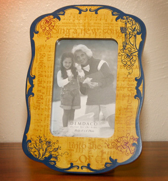 Vintage Style Demdaco Wooden Photo Frame
