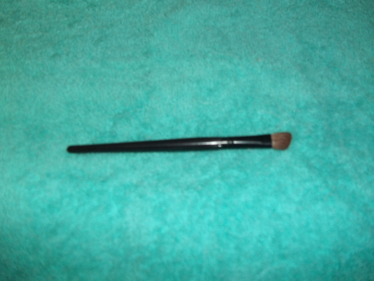 Lancome  Eyeshadow Angle Brush
