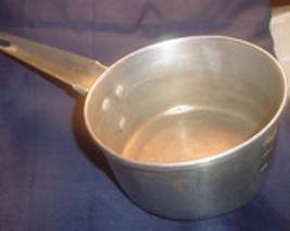 Nice Vintage Century aluminum little dipper 2 cup pan estimated to be 19... - $15.95