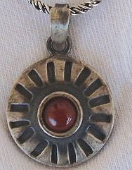 Red pendant with black silver a