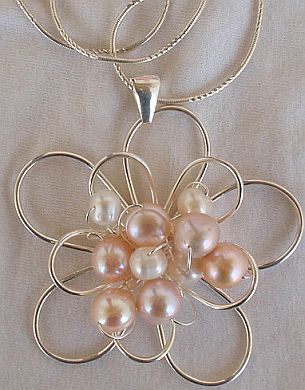 pink and white pearls pendant  B
