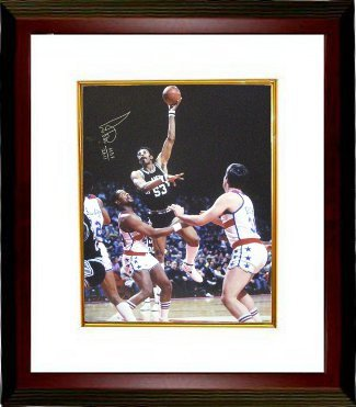 Primary image for Artis Gilmore signed San Antonio Spurs 16x20 Photo Custom Framed HOF 2011 vs Bul
