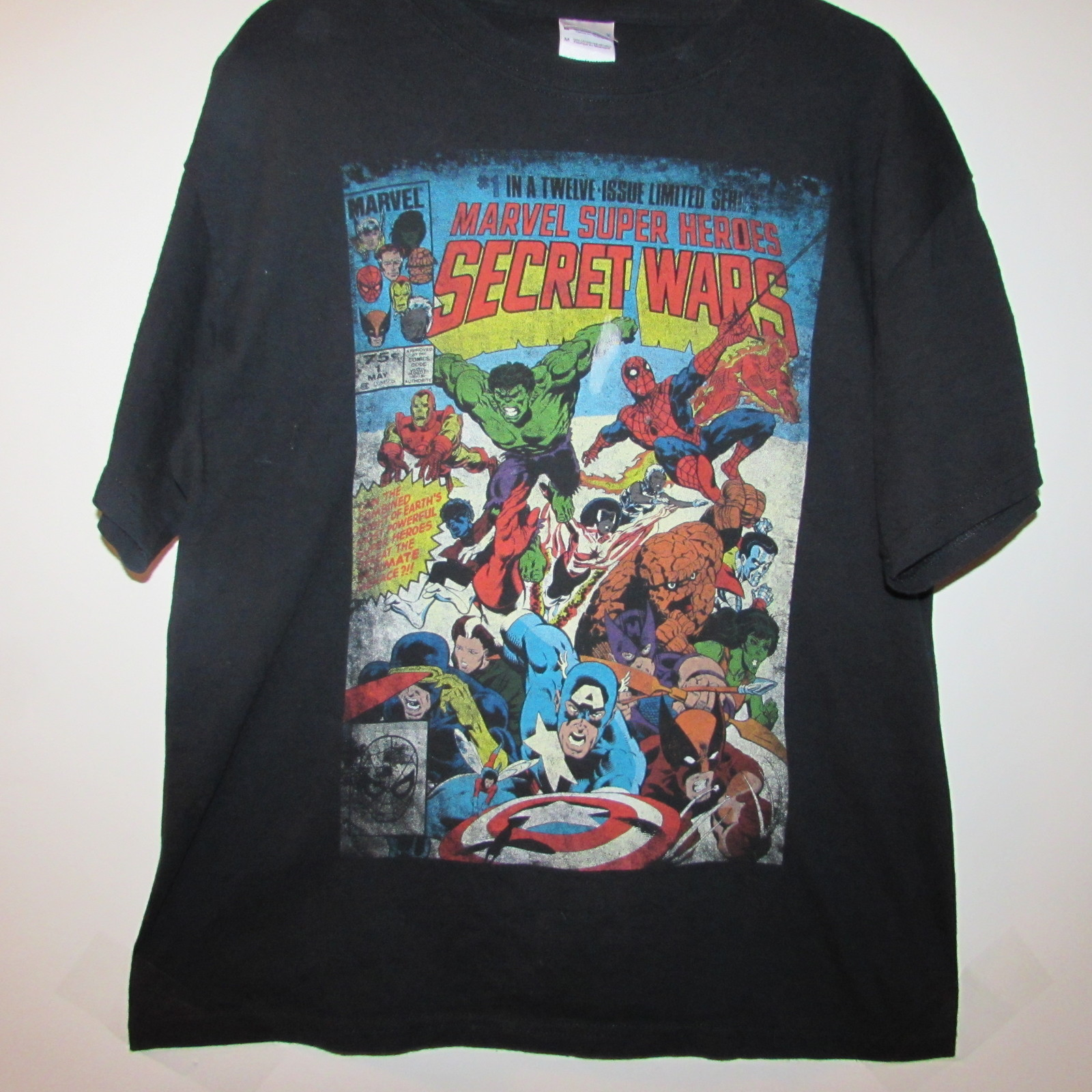 "Marvel Comics, Secret Wars Comic Cover, Super Hero's T-Shirt, Size ""M"""