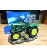 Green tractor hh28519 1 thumbtall