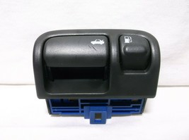00-01 Infiniti i30/ In Dash TRUNK/ Gas Release HANDLE/ Tank Lid Opener - $37.87