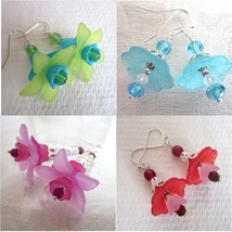 Handmade Pop Acrylic Flower & Crystal Silver Tone Earrings, Free U.S. Sh... - $7.00
