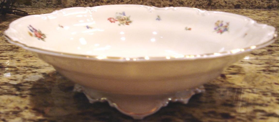 Hutschenreuther footed vegetable bowl