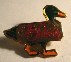 The Peabody Hotel Lapel Pin - Vintage Memphis Tennessee TN USA Fountain ... - $23.76
