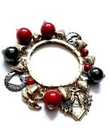 E60 Heart love charm bracelet Chunky Runway  - $28.46