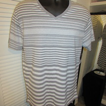SGR Brand Young Men's Two Tone V-Neck Casual T-Shirt Size: XL