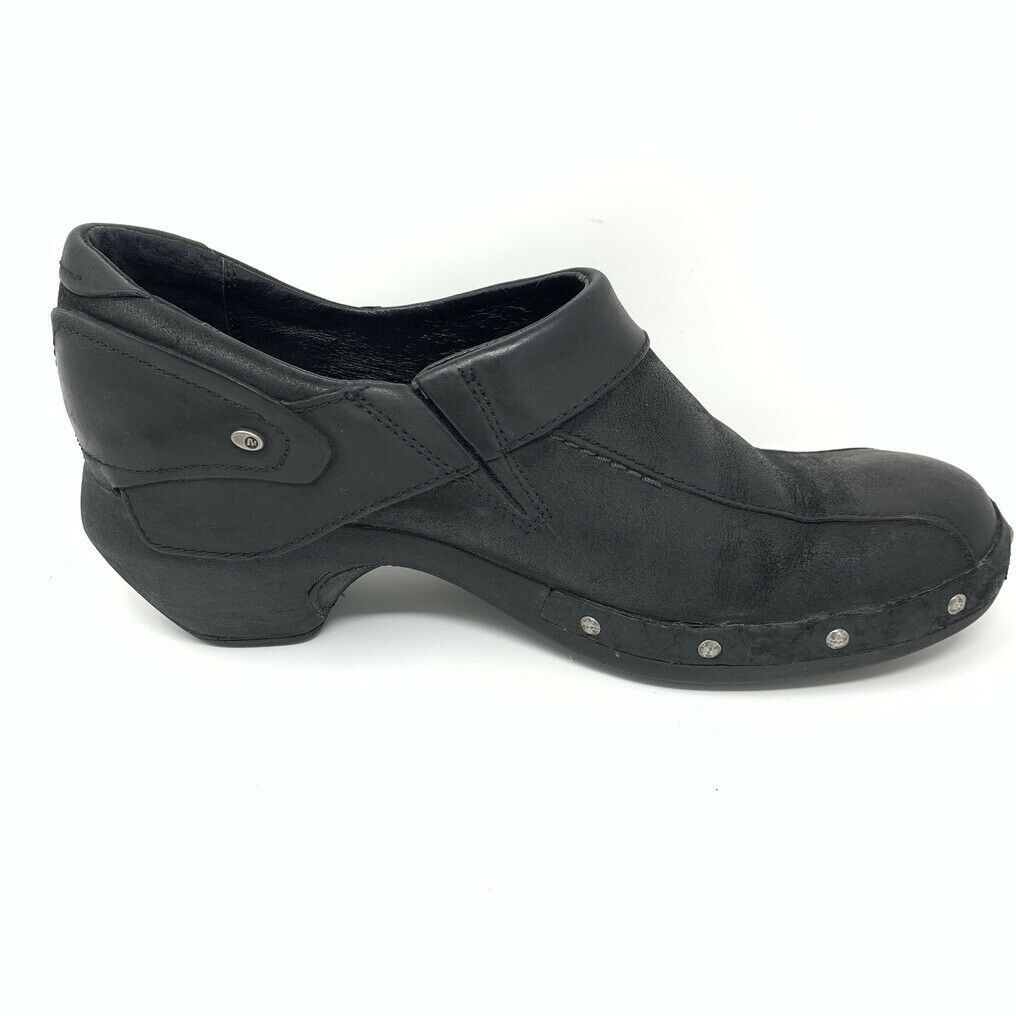 Merrell Womens Leather Comfort Shoes, Size 8, Black, Sliver Stud Accent