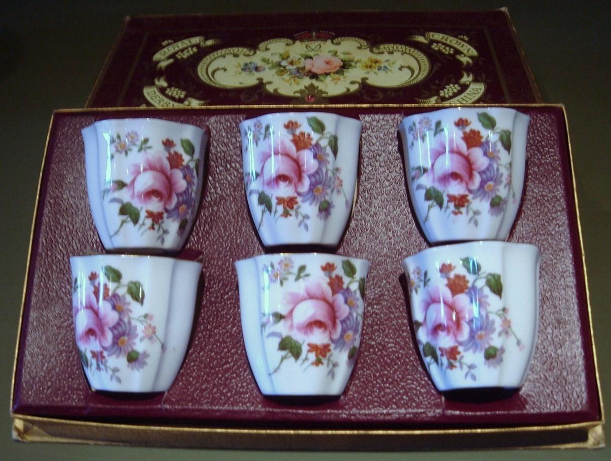 Royal crown derby egg cup set 1