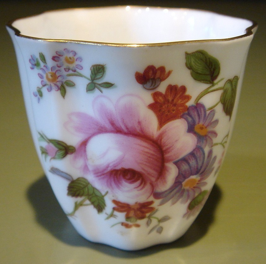 Box Set 6 Single Porcelain Egg Cups Royal Crown DERBY POSIES
