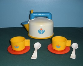 Vintage Fisher Price Fun with Food #2113 Whistling Tea Kettle Set Comp/N... - $34.99