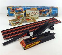 Mattel 1982 Hot Wheels JUMPMASTERS Adjustable Jump Set Track with Origin... - $39.59