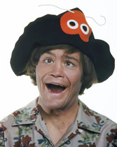 Micky Dolenz in The Monkees Wacky hat Crazy face Flower Shirt 16x20 Canvas - $69.99