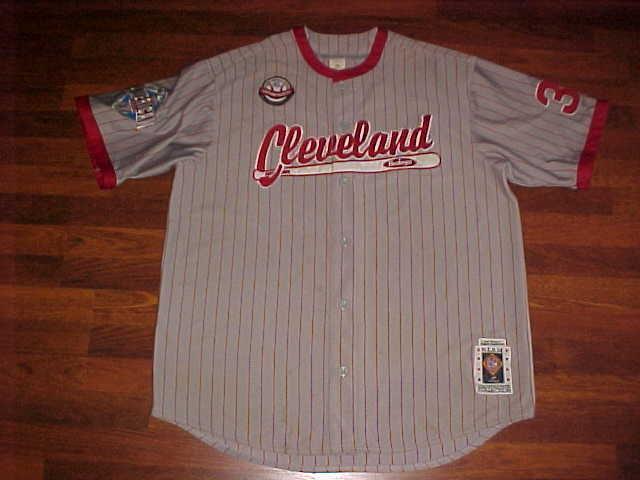 Headgear NLBM 1945 W S Championship Cleveland Buckeyes #38 Grey Red Jersey 2XL