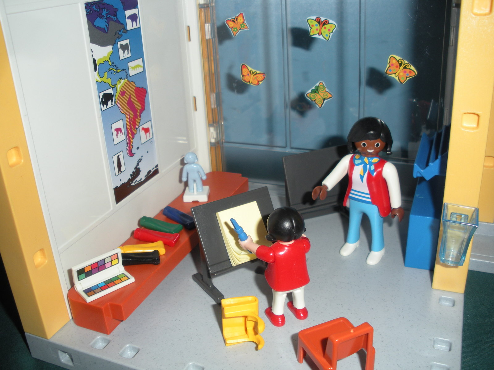 Vintage Playmobil #5923 School 99% Complete/NEAR MINT! (A)