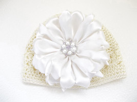 NEWBORN BABY GIRL OFF WHITE BEANIE HAT WITH IVORY HANDMADE SATIN FLOWER - $12.00