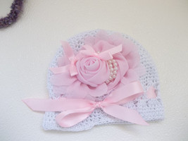 NEWBORN BABY GIRL WHITE HAT WITH GORGEOUS PINK FLOWER - $15.00