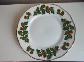 Queens Yuletide Rosina Porcelain Plate - $20.78