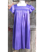 Vintage Short Nightgown Size Small Gorgeous Purple  - $17.99