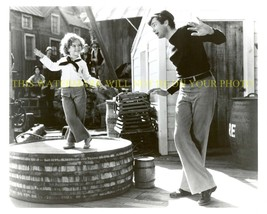 An item in the Entertainment Memorabilia category: SHIRLEY TEMPLE AND BUDDY EBSEN 8x10 PHOTO PICTURE DANCING CODFISH BALL