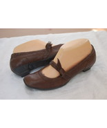 BORN CROWN BROWN MARY JANE SHOES PUMPS SIZE 6.5 - $19.80