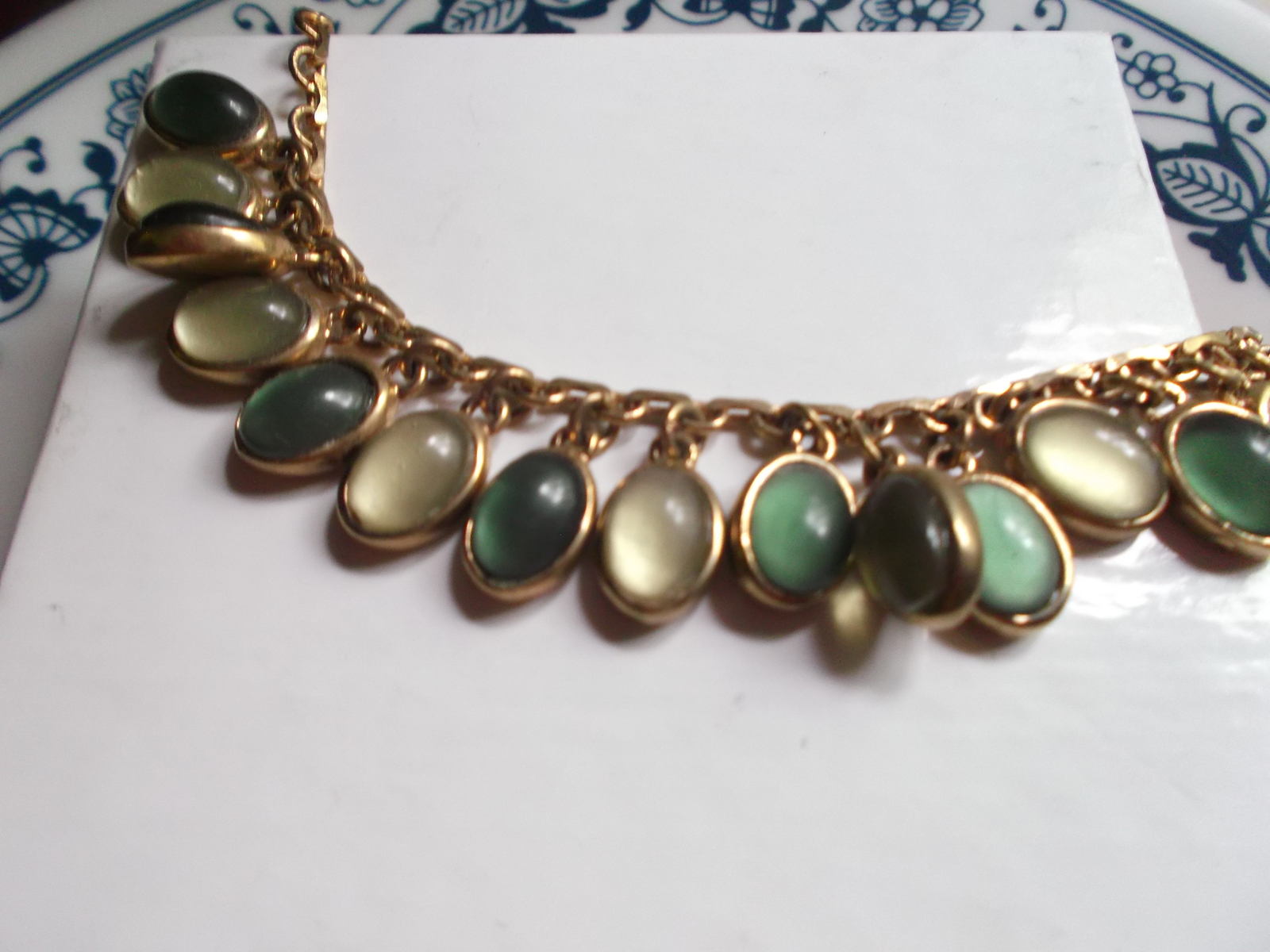 Primary image for Necklace of Green Cabochon Set Stones on Gold Tone Chain With Lobster Claw Clasp