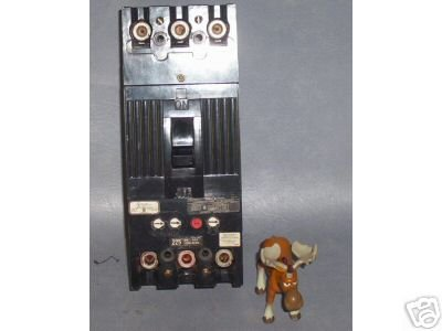 General Electric Circuit Breaker 225 Amp TFK236F000