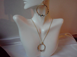 Vintage Avon Signed Gold Hoop Type Necklace and Earring Set Demi-Parure Gold Dai - $26.00