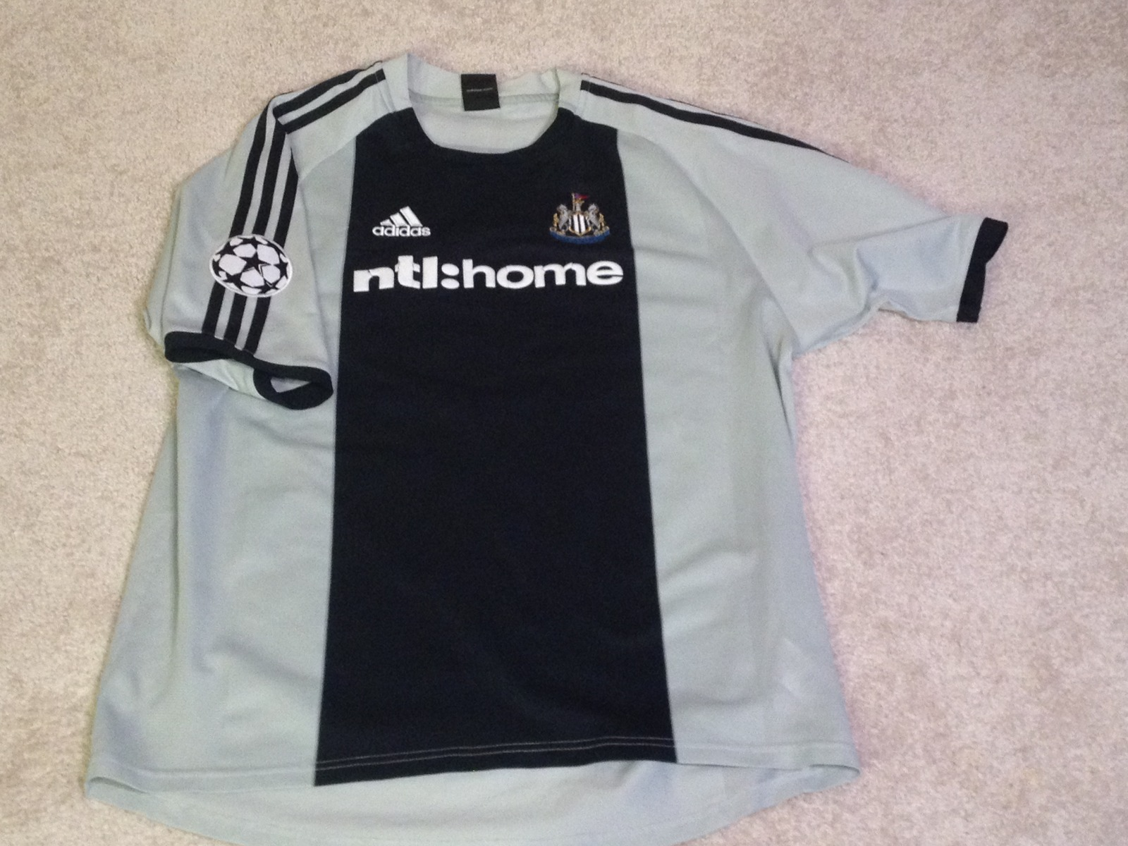 best sneakers 898cc 951f1 Alan Shearer jersey #9 Newcastle United XL and 23 similar items