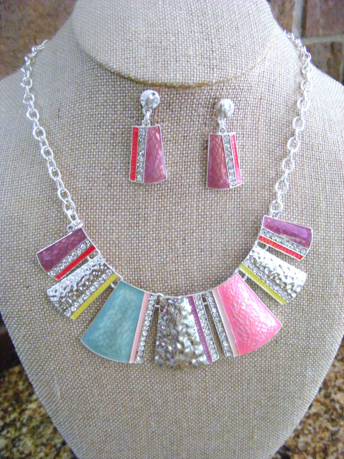 Primary image for ENAMELED BIB NECKLACE WITH RHINESTONES  NECKLACE SILVER CHAIN AND EARRINGS