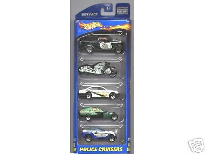 Hot Wheels Police Cruisers 5-Pack with Scorchin Scooter