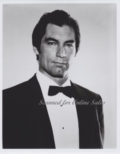 Timothy Dalton James Bond 007 in Tuxedo 8x10 Photo