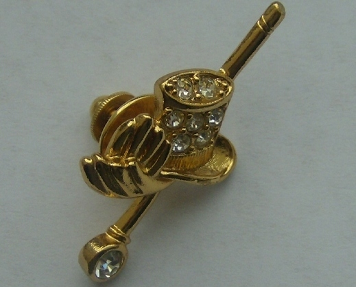 Avon Gold Tone Top Hat  Cane Tac Pin