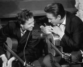 Bob Dylan Johnny Cash EE Vintage 16X20 BW Music Memorabilia Photo - $29.95