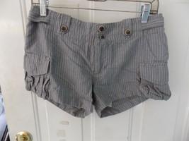 BANANA REPUBLIC Heritage Gray W/White Stripe Shorts Size 6 Women's EUC - $16.20