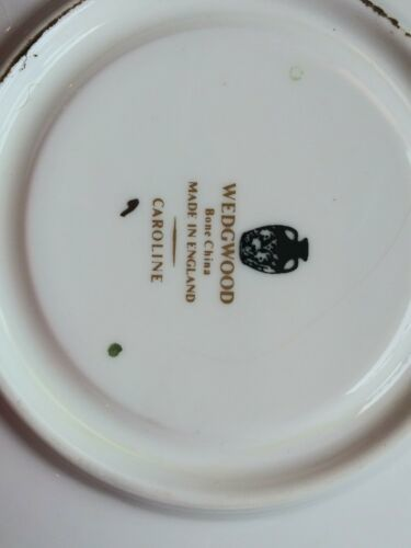 Wedgwood Caroline 14 Soup Cups & Saucers Bone China Made in England White Green image 5