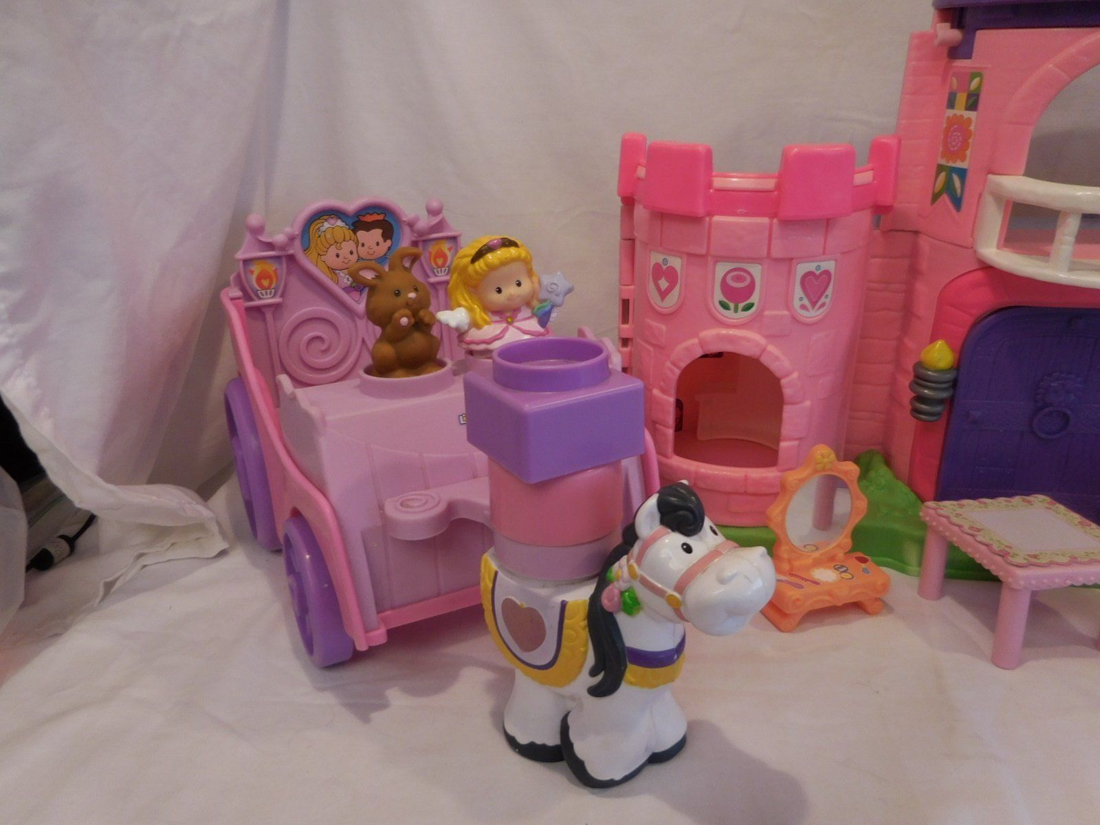Fisher Price Little People Pink Castle + Play 'N Go Castle + Princess Carriage image 2