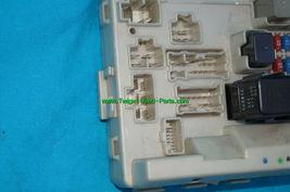 Nissan Altima 3.5L BCM Body Control Module Fuse Box 284b7aq004 image 6