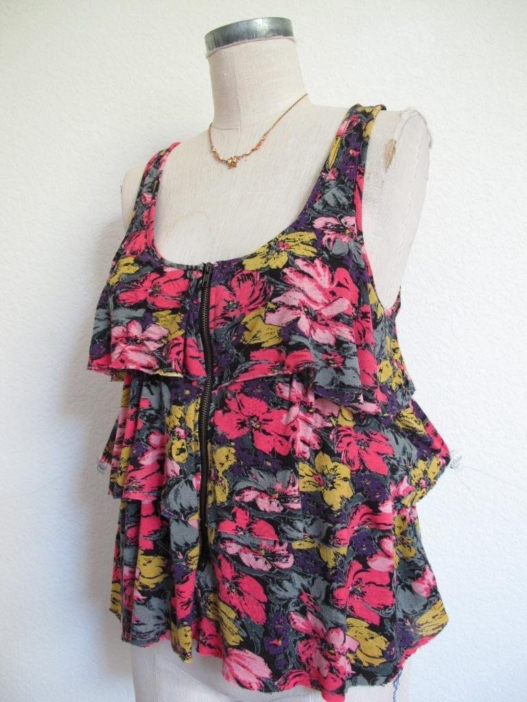 Urban Outfitters Pins and Needles Tank Top S Tiered Ruffle Soft Rayon Knit Zip