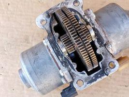 Mercedes W451 Smart Fortwo Sprint Transmission Gear Shift Motor 1.61.100.003.04 image 5