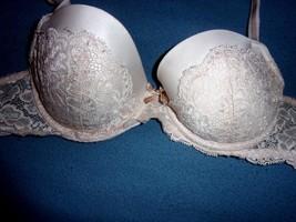 32C Victoria's Secret Dream Angels Lace Underwire Demi Bra - $10.98
