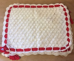 Set Of 4 Vintage Hand-Knit Table Settings / Placemats Lace & Ribbon Whit... - $30.42