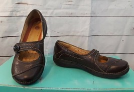 Clarks Unstructured Mary Jane Brown Slip On Shoes With Button Strap 6.5 M - $23.05