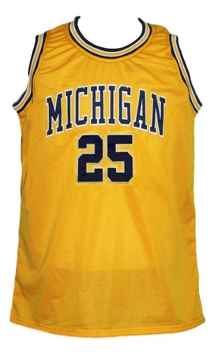 Juwan howard  25 custom college basketball jersey yellow  1