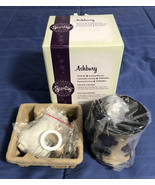 Scentsy - Full Size Ashbury Warmer Tan Flowers - in Original Box - Retired - $29.69