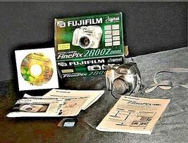 Fujifilm FinePix 2800 Zoom 2.0 MP Digital Camera Silver Vintage AA19-1389 image 1
